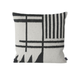 ferm living - Kelim Cushion, black Lines
